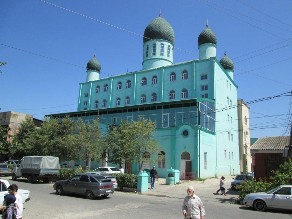 Медресето (мюсюлманско религиозно училище) в Хасавюрт