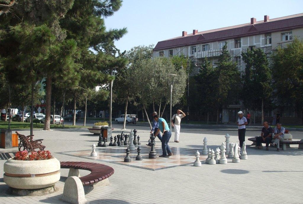 Играещи шахмат в град Сумгаит