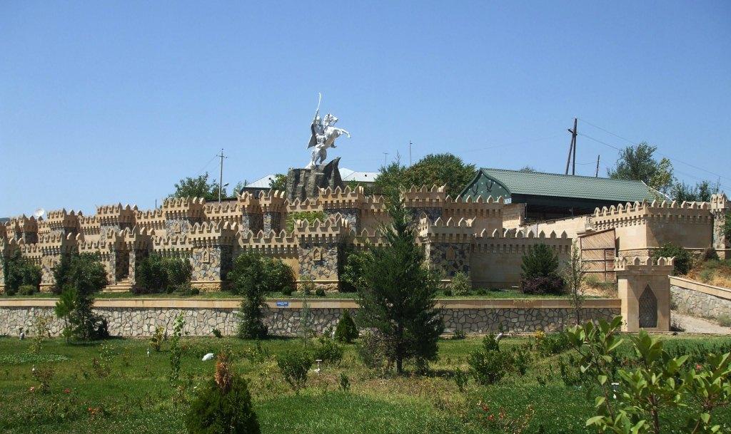 Поглед към историческата част на Шемахи